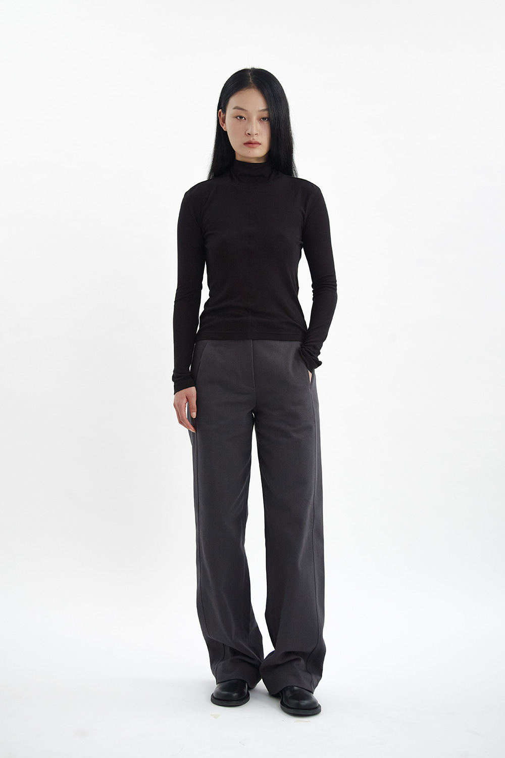Line Silhouette Pants Women JA [Charcoal Gray]